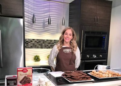 Hershey's Anna Lingeris on the Pittsburgh Live Today show talking about cookies